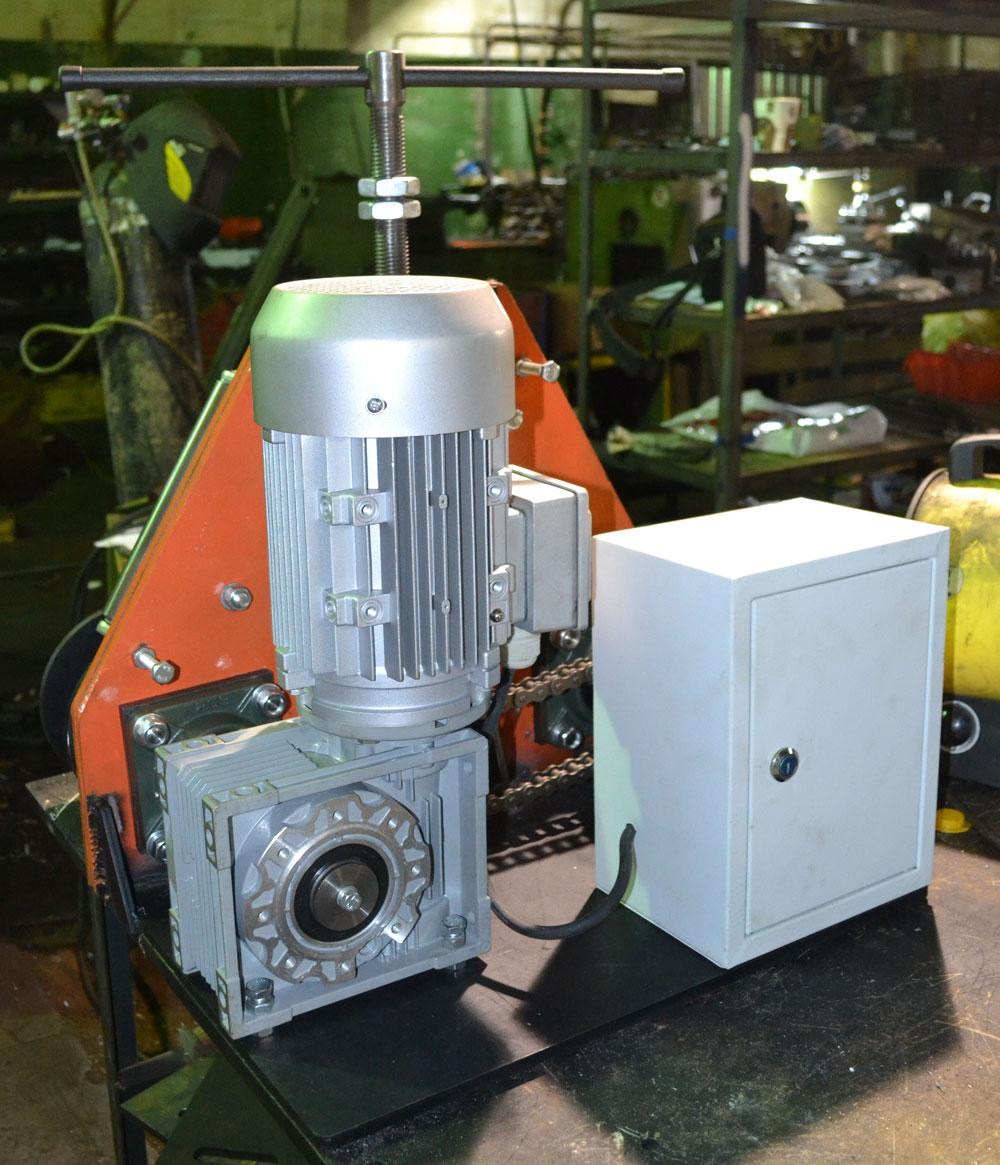 Мотор-редуктор и шкаф управления станка ПСК-40